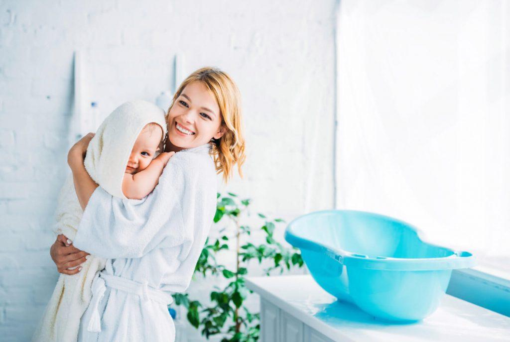 Kúpeľ dieťatka